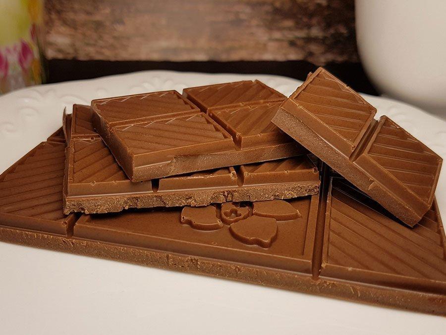 Recipe Low Carb Milk Chocolate Diy Sugar Free Keto Delicious Dr Almond International