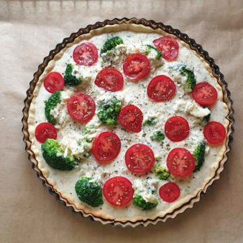 Recipe Vegetable Quiche with Broccoli and Tomatoes low-carb gluten-free